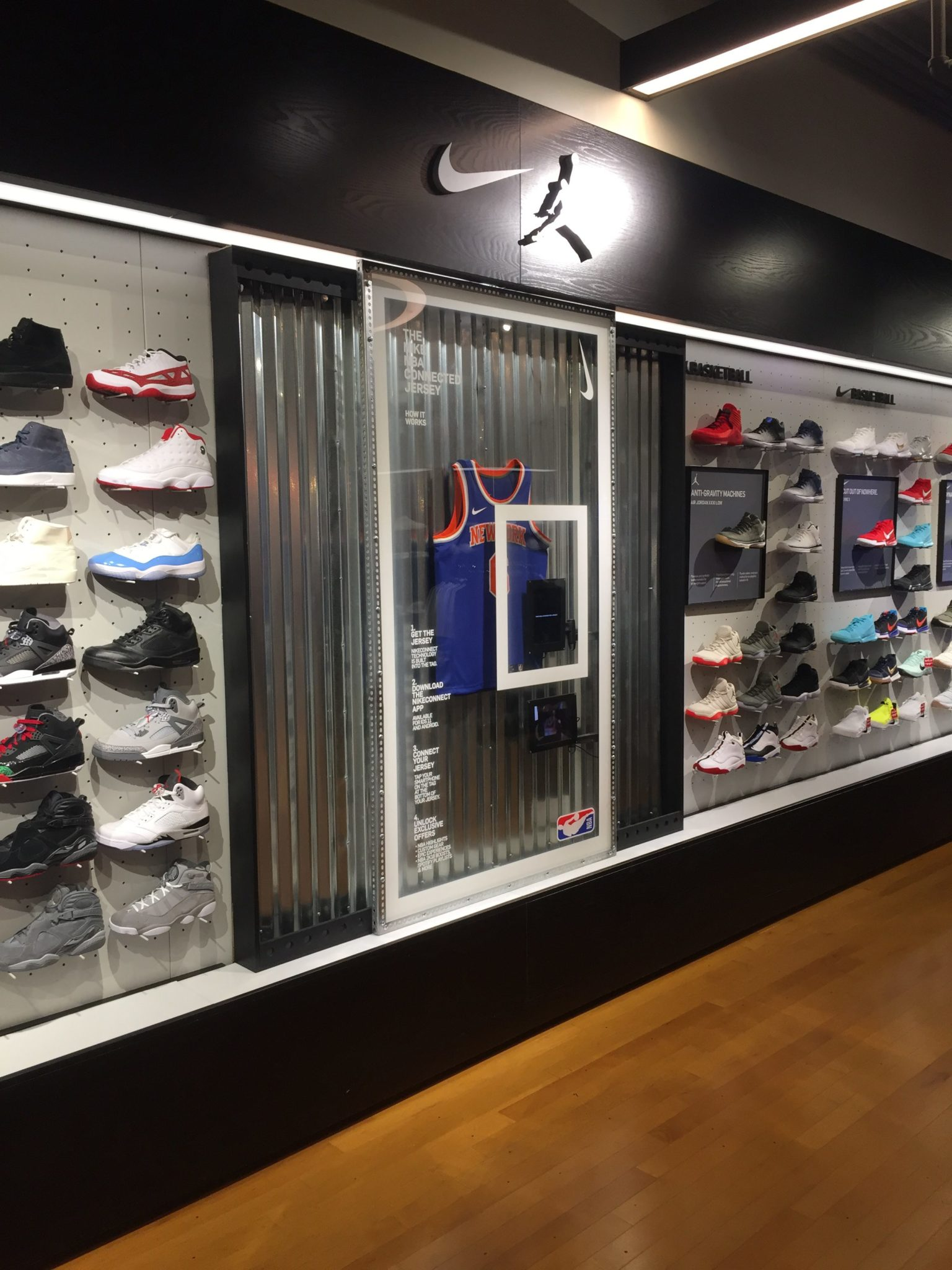 IDL Worldwide Nike Backboard Display Wall | ARCH Production
